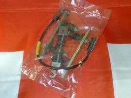 CLANSMAN RADIO RACAL AUTOMATIC TUNING UNIT - FIXING KIT