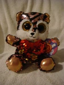 Glitter motsu 20cms sequined beanie Tiger  with red heart.