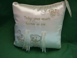 Me to You Tatty Teddy wedding ring cushion..cream and gold