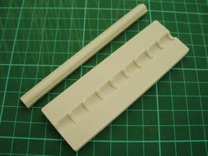 1:35 Scale Half Round Ridge Tiles Mould (1350036)