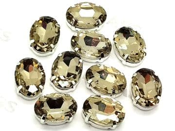 Light Gold Oval, EIMASS® 3511 Sew or Glue on Single Stone Setting Crystals