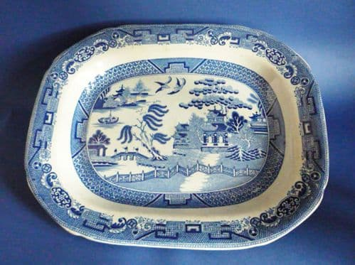 Fine Early Victorian 'Willow' Pattern Meat Plate c1840