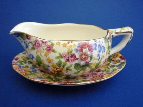 Grimwades Royal Winton 'Cheadle' Chintz Sauce Boat and Stand c1951