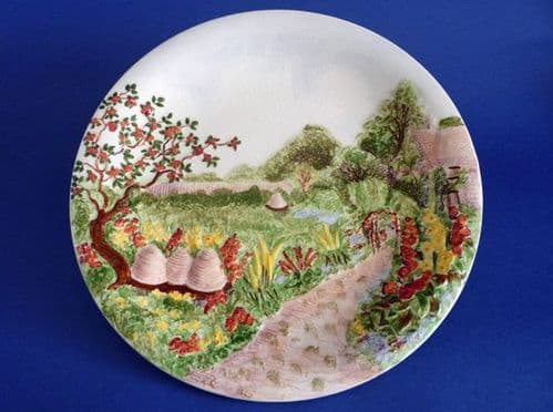 Large Grimwades Royal Winton 'Beehive' Wall Plaque c1937 (Sold)