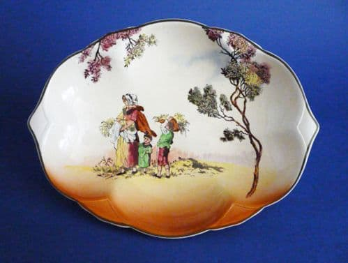Royal Doulton 'Gleaners' Clover Leaf Tray D6123 c1941