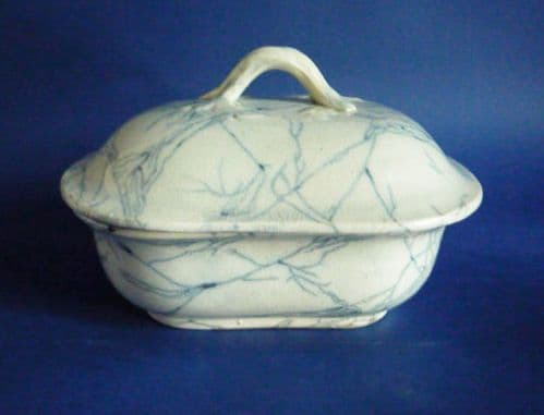 Scottish Pottery (Bell's of Glasgow) 'Marbled' Soap Dish c1850