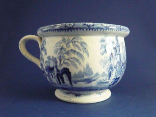Small Blue and White 'Abbey Ruins' Vomit or Spitting Pot c1830