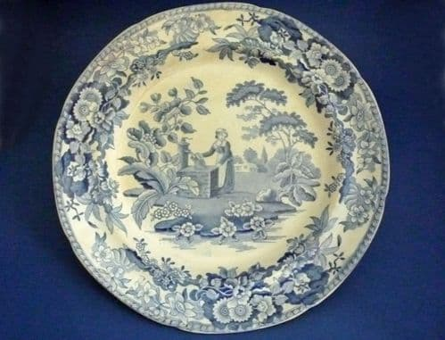 Spode 'Girl at the Well' or 'Font' Pattern Dinner Plate c1825