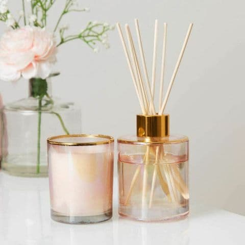 Lily Blossom Scented Candle and Diffuser Gift Set
