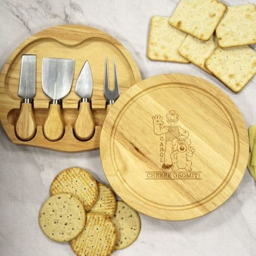 Wallace & Gromit Personalised Cheese Board Gift Set