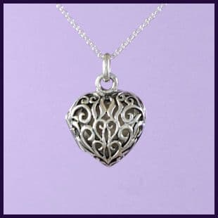 Filigree Heart Locket (Small) (1)