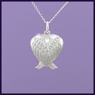 NEW Angel Wing Heart Locket (1)