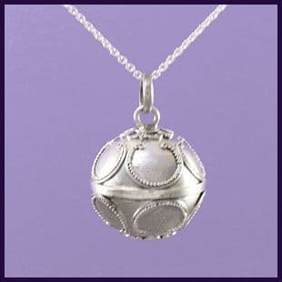 Pregnancy Chime with Garland Pattern - 22mm