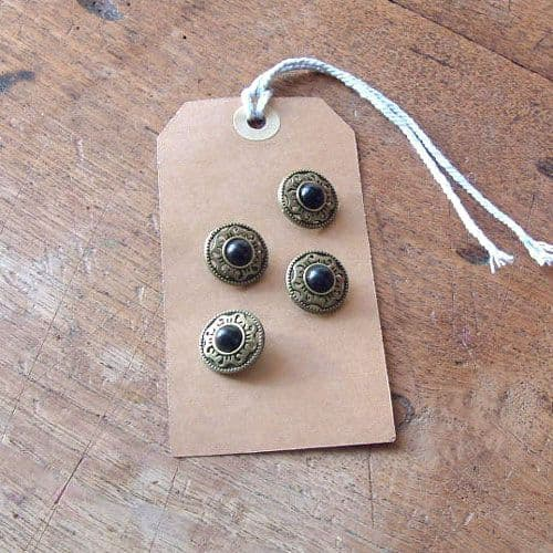 Vintage style buttons - black