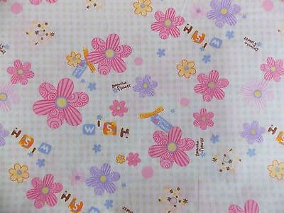 LARGE DAISY AND GINGHAM FLORAL100% COTTON FABRIC PER METRE MINT BACKGROUND