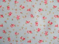 ROSE FLORAL100% COTTON FABRIC SHABBY CHIC VINTAGE RETRO PER METRE PALE BLUE NO2