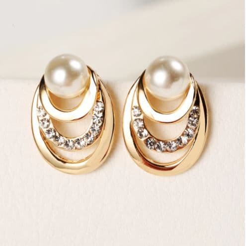 Earrings women's Pearl  Rhinestone & Gold Classic Elegant Fashion Jewelry Zabardo